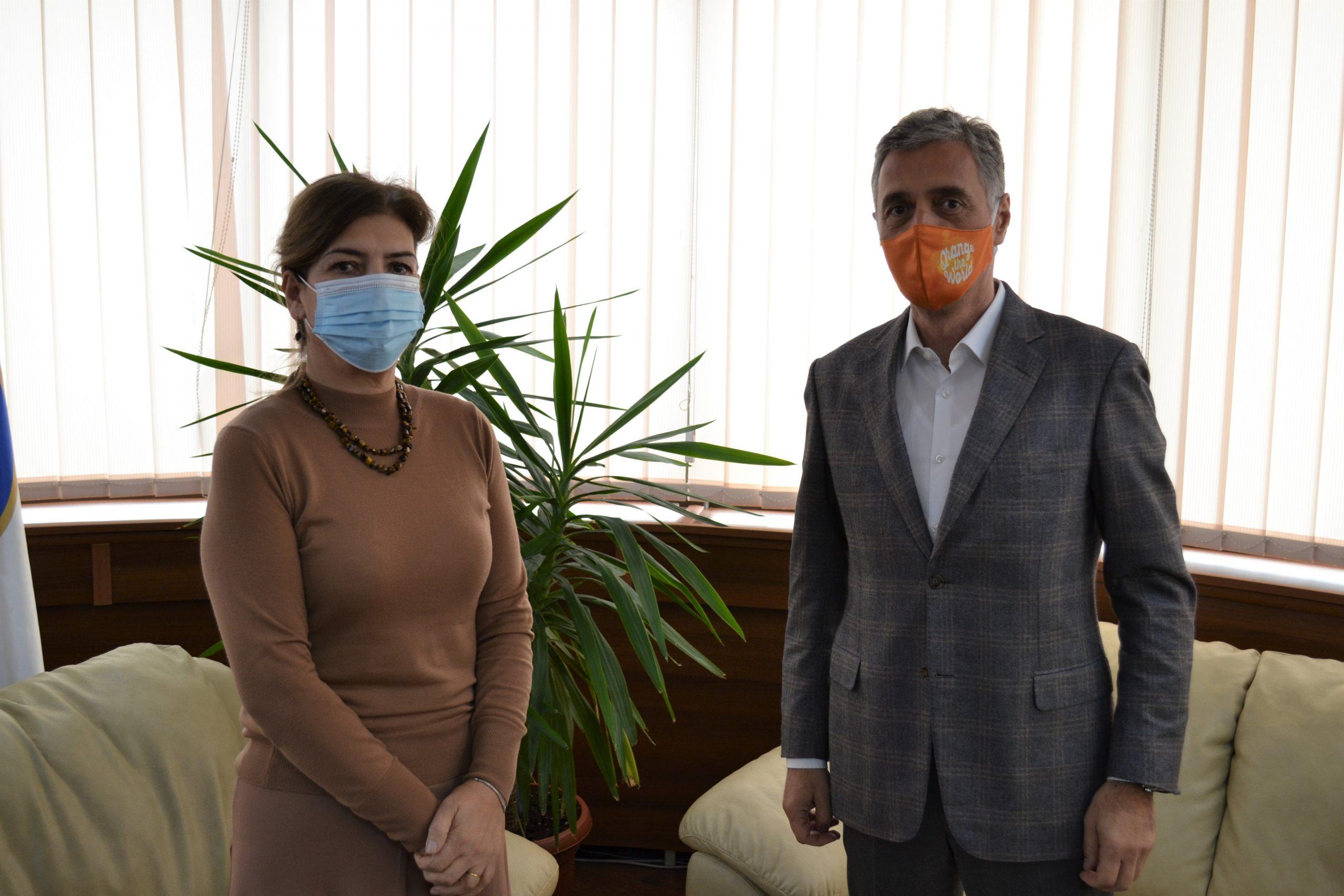 Kryetarja e KQZ-se, Daka priti ne takim Kryeprokurorin Lumezi