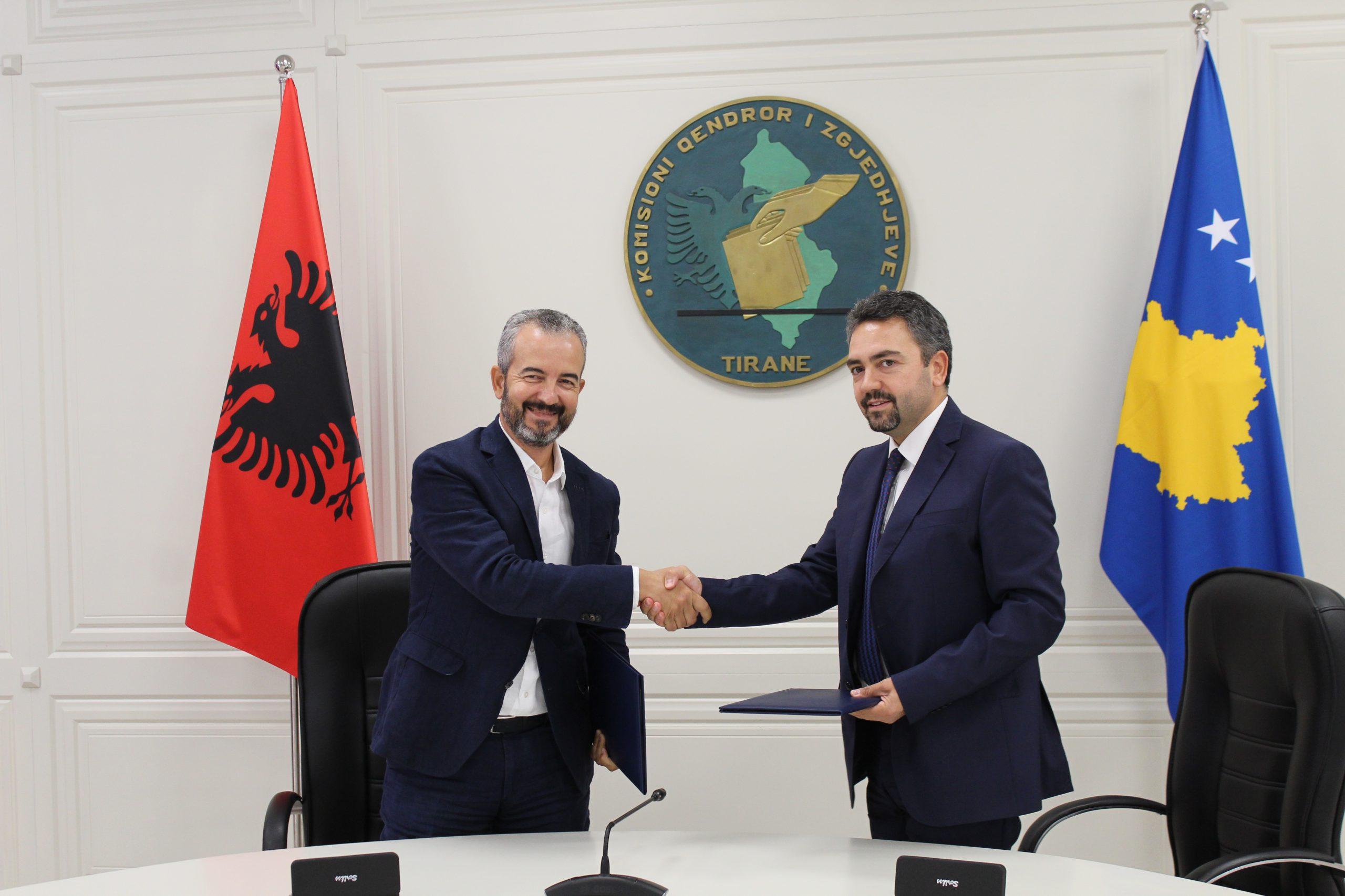 Nënshkruhet marrëveshja e bashkëpunimit për huazimin e kamerave regjistruese nga KQZ-ja e Shqipërisë